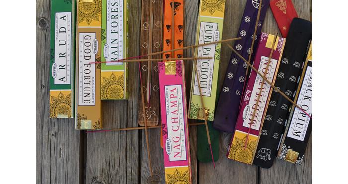 Kako da kreirate savršen mir u Vašem domu uz pomoć mirisnih štapića